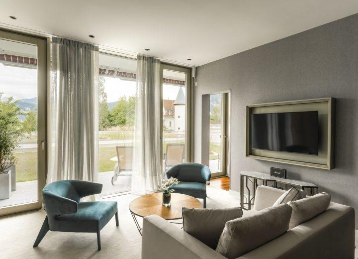 Chenot-Palace-Weggis_Classic-Junior-Suite-Living-Area-ADARA-min.jpg