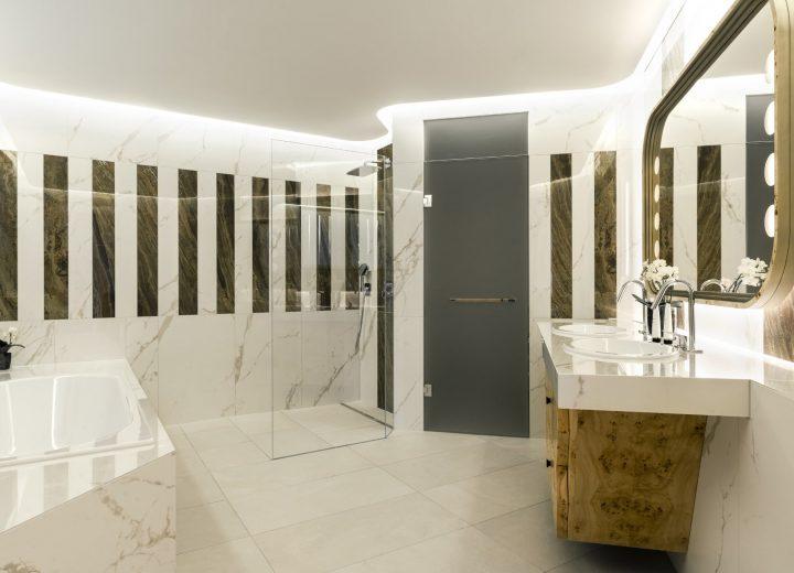Chenot-Palace-Weggis_Suite-Bathroom-New-Building-min.jpg