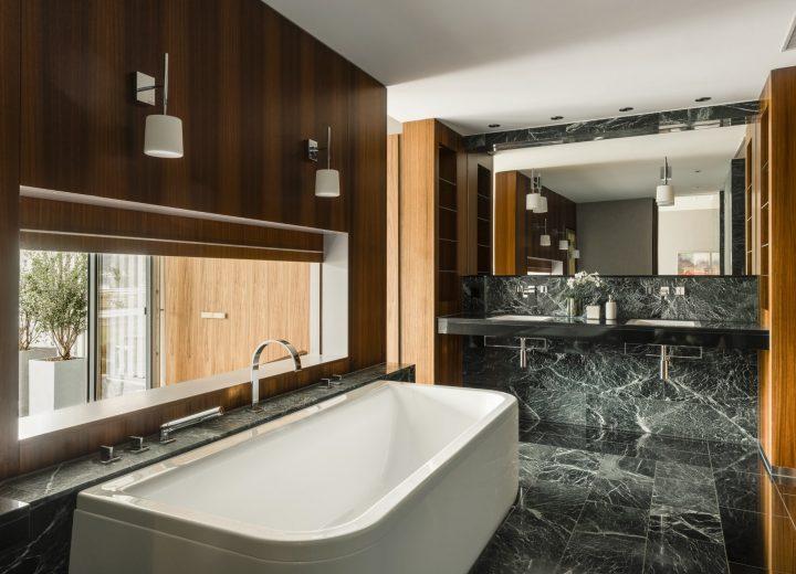 Chenot-Palace-Weggis_Suite_Bathroom-min.jpg